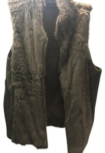 New York & Company Faux Fur Reversible Boho Chic Bohemian Cable Knit Vest