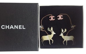 Chanel Chanel * * SO CUTE * Handmade Resin Reindeer Long Drop Earrings