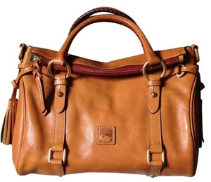Dooney & Bourke Florentine Cute Satchel in Natural