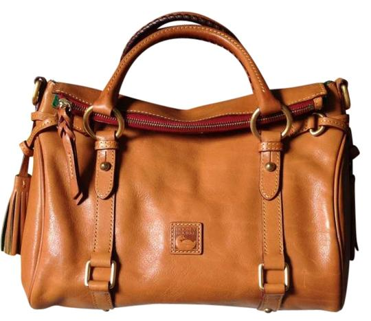 Preload https://item5.tradesy.com/images/dooney-and-bourke-small-florentine-natural-leather-satchel-202324-0-0.jpg?width=440&height=440