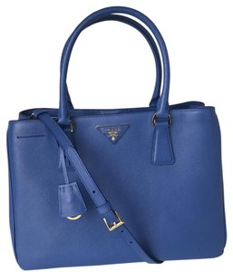Prada Bn1874 Saffiano Lux Handbag Blue Tote in Royal Blue