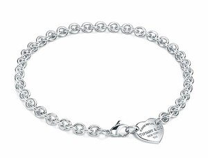 Tiffany & Co. Please Return To Tiffany & Co Heart Tag Choker Necklace