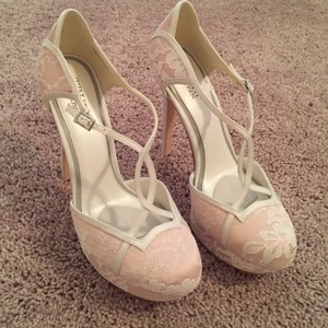 Truly Zac Posen White and Pink By Lace Platforms Size US 7.5 Regular (M, B)