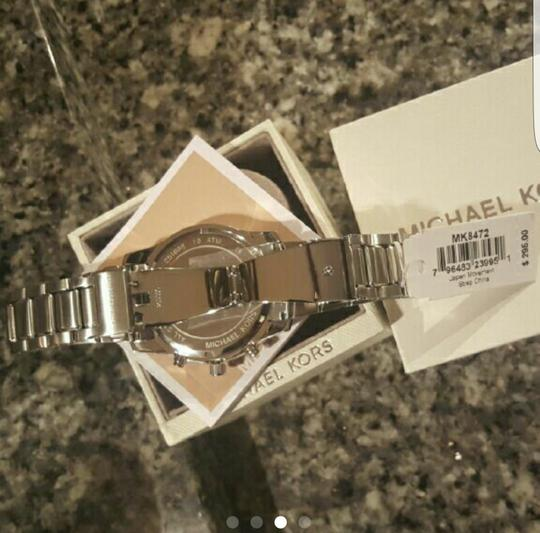 Michael Kors Collection MICHAEL KORS MK8472 Caine Silver Dial Chronograph SS Men's Watch. Image 2