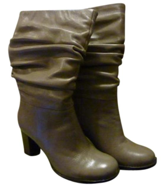 Item - Taupe Dazed Boots/Booties Size US 6 Wide (C, D)