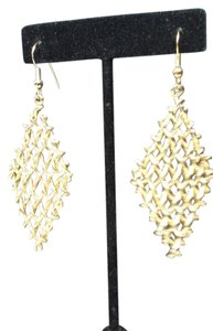 jjasmine GOLD TONE MESH MOVABLE DANGLE EARRING