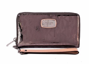 Michael Kors Wallet Clutch Wristlet in Nickel