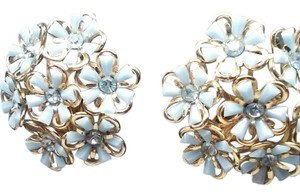 jjasmine BLUE FLOWER STUD EARRING LARGE 1 1/2 INCH, CLIP ON .