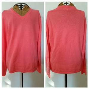 Peck & Peck Coral Cashmere Vneck Sweater