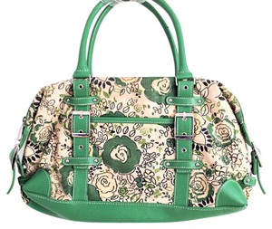 New York & Company Satchel in Green