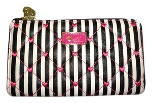 Betsey Johnson LUV BETSEY BONE / BLACK STRIPE/ FUCHSIA TRIM