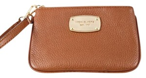 Michael Kors * MICHAEL KORS Jet Set Small Leather Brown Wristlet