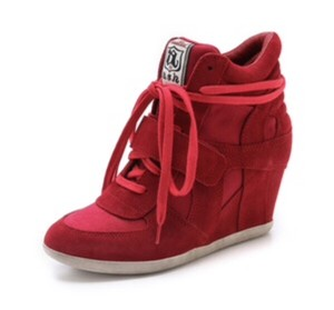 Ash Coral/Red Wedges