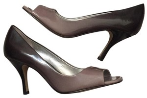 Tahari Gray to black ombre Patent Pumps