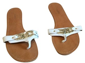 Xhilaration White gold Sandals