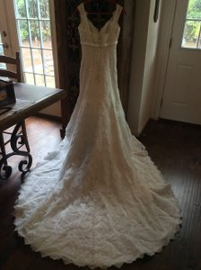 Allure Bridals Allure Bridal Lace Wedding Dress