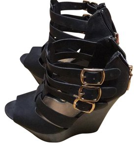 ALDO Black w gold buckles Wedges