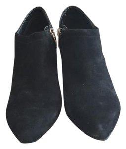 Vince Camuto Dressy Pointy Toes Black Boots