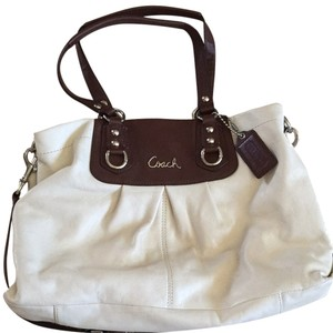 Coach Tote in Ivory And Brown