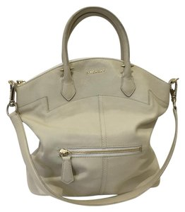 Givenchy Vintage Tote in Cream