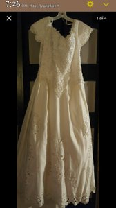 Jacquelin Exclusive 9915 Wedding Dress