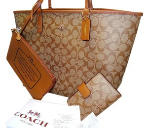 Coach Reversible City Tote in Khaki & Saddle Brown