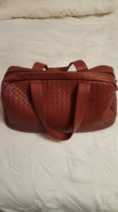 Bottega Veneta Handbag Satchel in Red