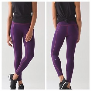 Lululemon NEW!!! LIKE NOTHING 7/8 TIGHT