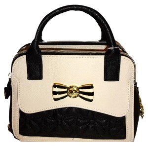 Betsey Johnson Cross Body Satchel in BONE/BLACK