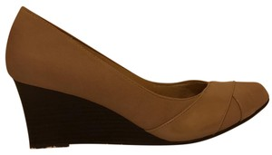 LifeStride Memory Foam Comfortable Office Business Casual Taupe Wedges