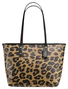 Coach F38392 New Leopard Tote in Natural