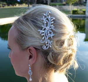 9.2.5 Bridal Hair Comb Jewelry Wedding Crystal Clear