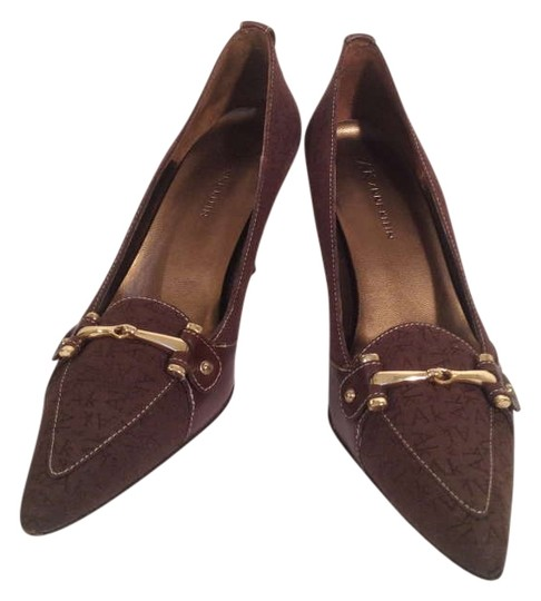 AK Anne Klein Brown Pumps