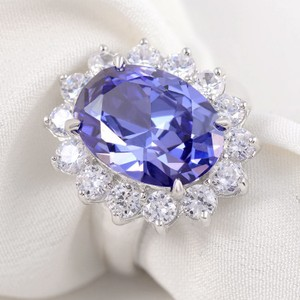 6ct. Elegant Blue Tanzanite 925 Sterling Silver Wedding Ring