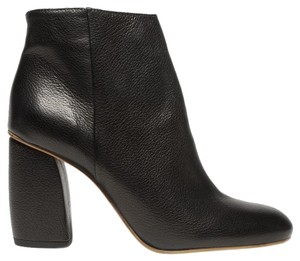 Everlane Italian Leather Sleek Chunky Black Boots