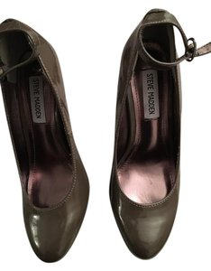 Steve Madden Grayish Brown Formal