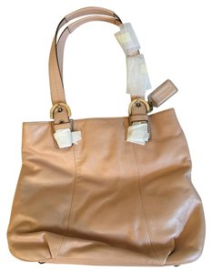 Coach Tote in Shell Pink