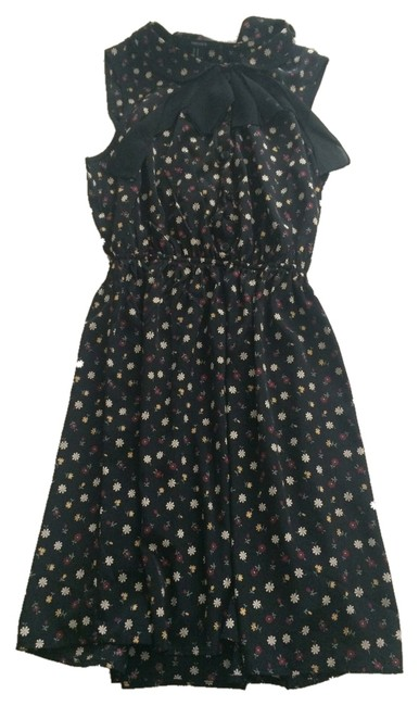 Preload https://img-static.tradesy.com/item/2024254/forever-21-blackmulti-color-florals-peter-pan-collar-mini-short-casual-dress-size-4-s-0-0-650-650.jpg