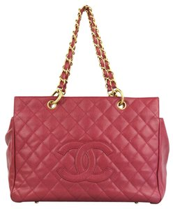 Chanel Caviar Leather Tote in Raspberry