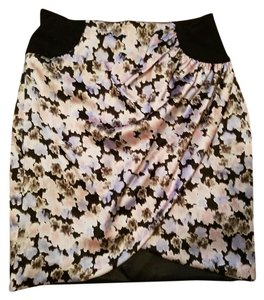 bebe #bebe #floral #holiday #skirt #silk Mini Skirt Floral