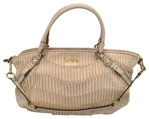Coach Satchel in Nude/champagne