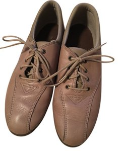 Easy Spirit Tan Flats