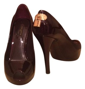 Louis Vuitton Amarante Pumps