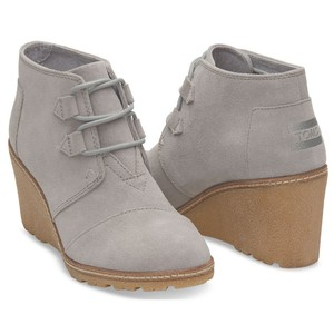 TOMS Desert Wedge Faux Crepe Drizzle Grey Boots