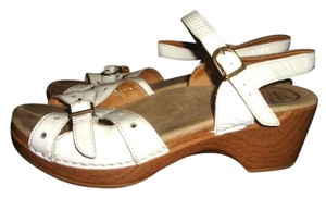 Dansko Clog Comfortable Ankle Strap White Patent Leather Sandals