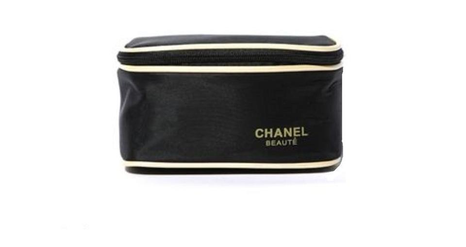 d7e7eb1ec1af Chanel Beaute Chanel Cosmetic Makeup Brush Travel Beauty Case Gift Bag Pouch  Image 0 ...