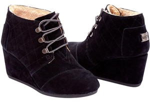 TOMS Desert Wedge Suede Black Boots