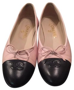 Chanel Pink with black toe Flats
