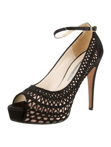 Brian Atwood Heels Embroidered Rare Black Pumps
