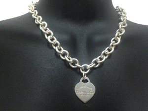 Tiffany & Co. Authentic Return to Tiffany&Co. Heart Charm Choker Necklace
